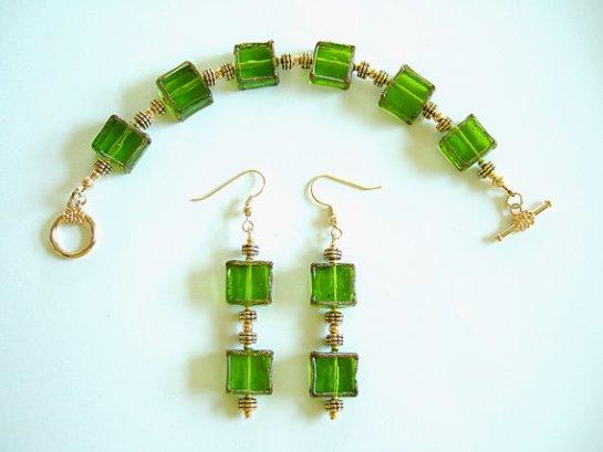 Elegant Square Green & Gold Lamp Work Glass Beaded Bracelet & Dangle Earrings