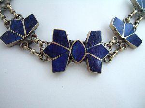 Blue lapis bracelet necklace close up on pendant    DSCF7876