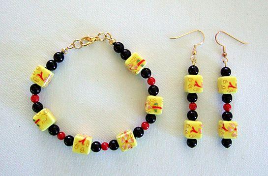 Yellow ceramic black onyx red coral bracelet earrings    DSCF7759